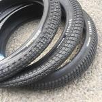 🦅 Les pneus Aitken @OdysseyBMX en 2,25/2,45 all around et le fameux knobby en 2,35 typé trail sont parmis les plus réputés! On valide! ✅ @nightwolfslc #mikeaitkenisabmxtreasure #crampons #manualbmx